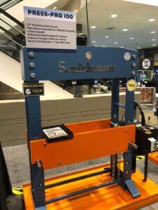 Fabtech 2019 hydraulic press