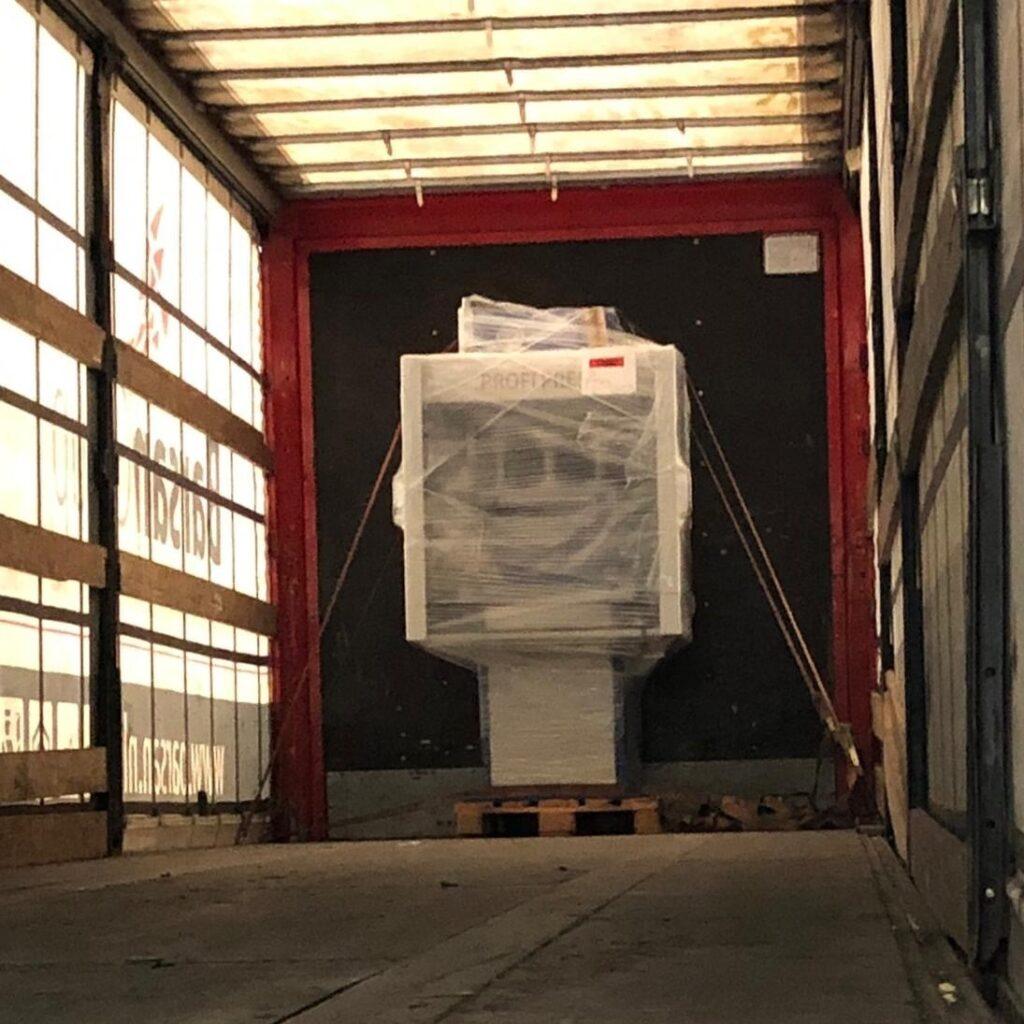 C-frame press delivery