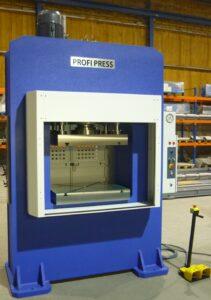 Production presses 300 ton